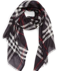 Giant Nova Check print wool & silk oversized scarf